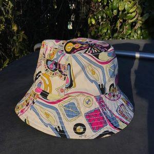 Pucci bucket hat